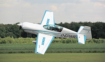 Extra 330 LE electric-1628