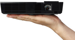 NEC-L50W-LED-Mobile-Projector